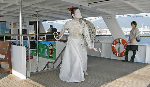 神戸ビエンナーレ2009・船上より-3