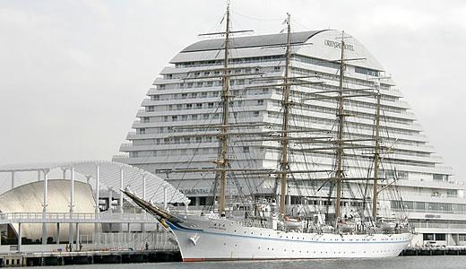 練習帆船「海王丸」神戸港中突堤寄港-2