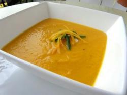 柑橘類ニンジンスープ