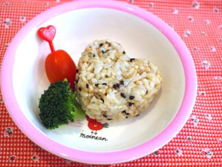 雑穀玄米おむすび