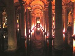 トルコ地下宮殿