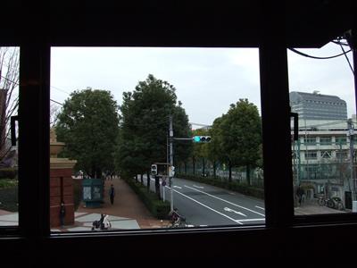 Rue Favart (リュ・ファヴァー) 窓の外