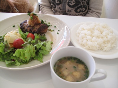 ribbon cafe(リボンカフェ) ハンバーグ