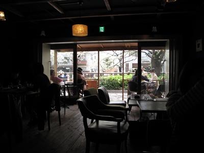 WATER nakameguro dining  店内からパチリ