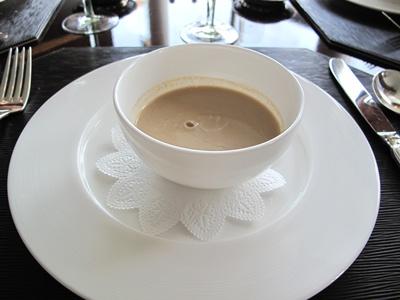 リッツカールトン東京 フォーティーファイブ スープ