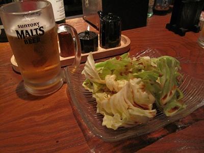 炭火道場 別邸  ビールとキャベツ