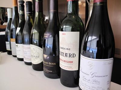 Le jeu de l'assiette ( ル・ジュー・ドゥ・ラシエット) グラスワイン