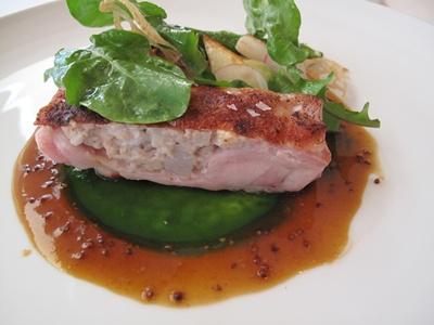 Le jeu de l'assiette ( ル・ジュー・ドゥ・ラシエット) 本日の肉料理