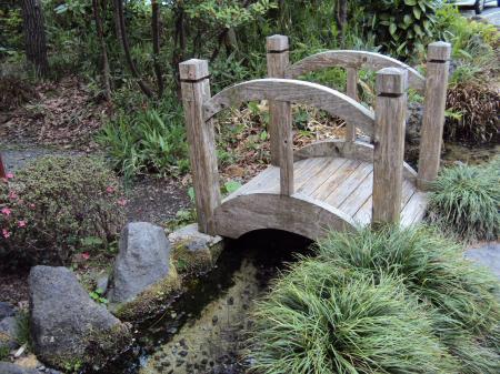 かなり小さい橋