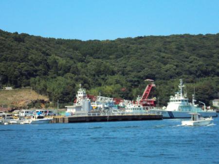 港の海保船