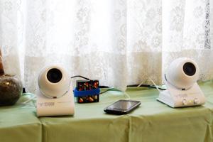 batteryCase_indoor1.jpg
