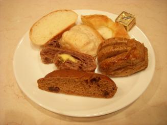 シャポーブラン サンロード店(バイキングのパン)