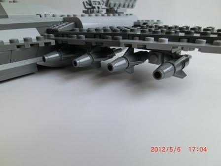 ミサイル装備