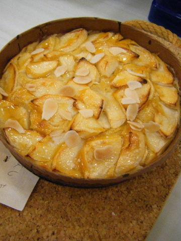 りんごとアーモンドの焼き菓子