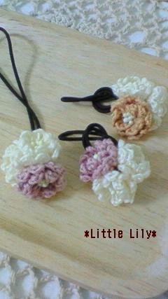 ヘアアクセサリー編み花 2