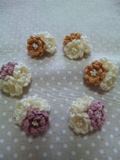 編み花の輪