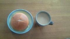 ダブルクリームサンド イチゴ&ミルク