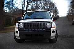 Jeep20Patriot20Grill.jpg
