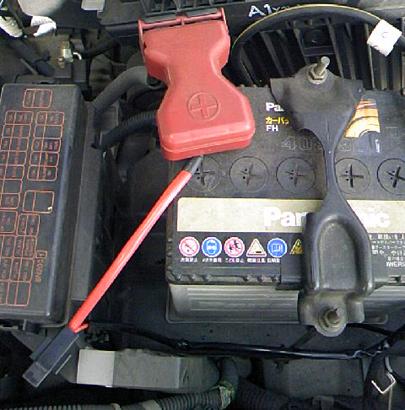 バッテリーから直接電源を取ります