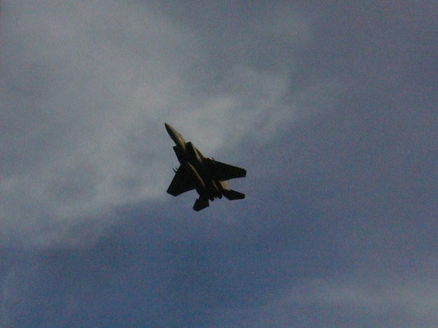 F15 06