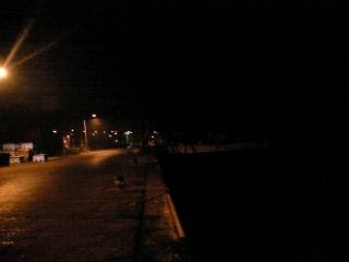 明るい漁港