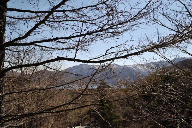 竜頭の滝から中禅寺湖