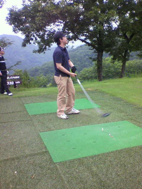 MAKゴルフ姿2