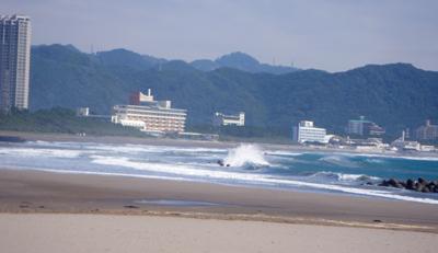 0-kamogawa1x.jpg