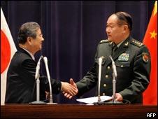 梁光烈和北澤俊美同意加強中日兩國軍事交流