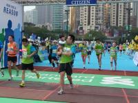 BL120205香港マラソン8-8R9290638