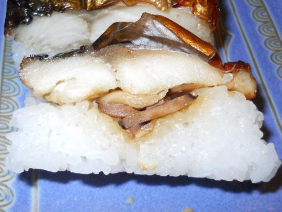 焼きサバ寿司04