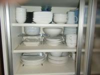 食器棚 1
