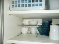 食器棚 3