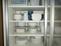 食器棚 4