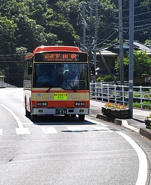 201107_shimoda_01.jpg