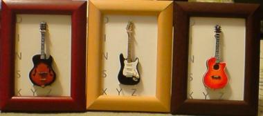 ミニギター1