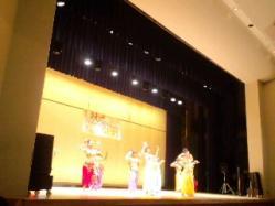 ベリーダンスステージ
