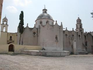 アトトニルコの聖堂2