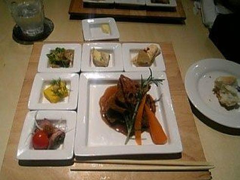 前菜とメンディッシュ