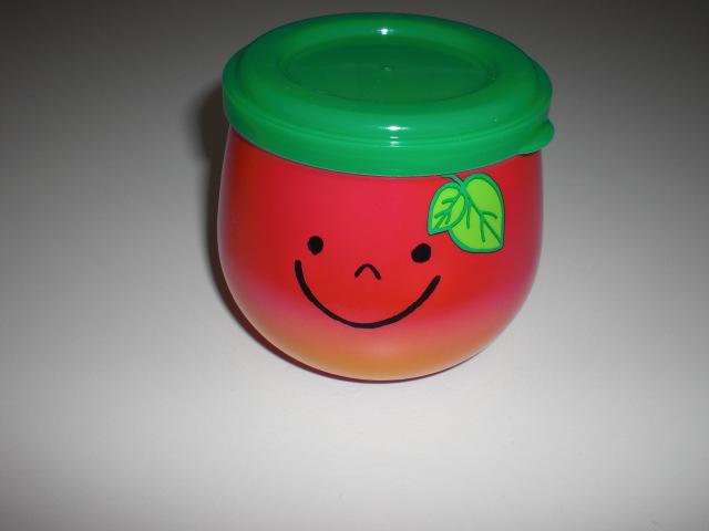 ふた付きルーム消臭剤「リンゴちゃん」