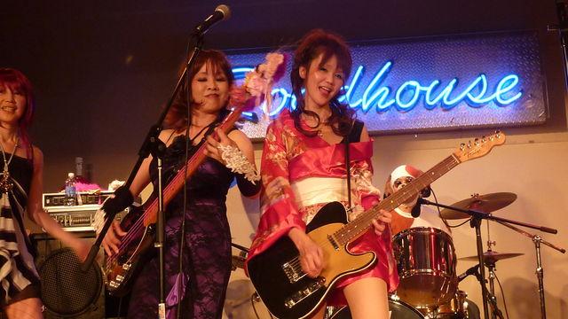 miyukigizumo_20101004222356.jpg