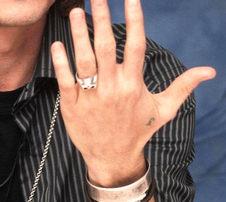 ジョニー指 (2)