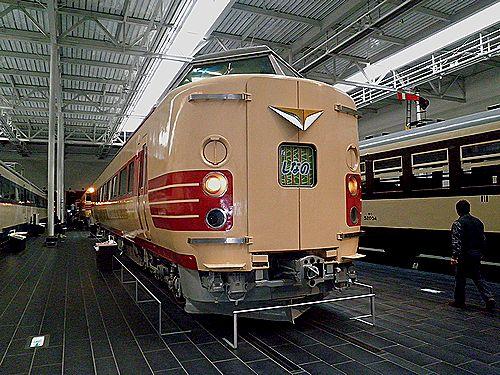 クハ381-1