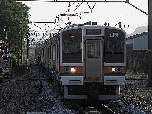211系普通列車・大平下