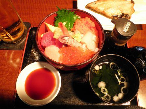 青森・海鮮丼