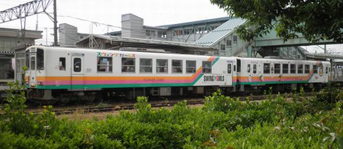 山形鉄道赤湯駅2(YR-886+YR-883)