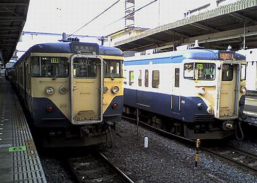千葉駅・113系(2010年3月3日)
