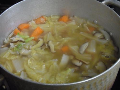 110619-030野菜のコンソメスープ煮(縮小)