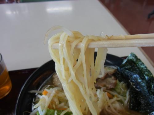110630-007麺上げ(縮小)