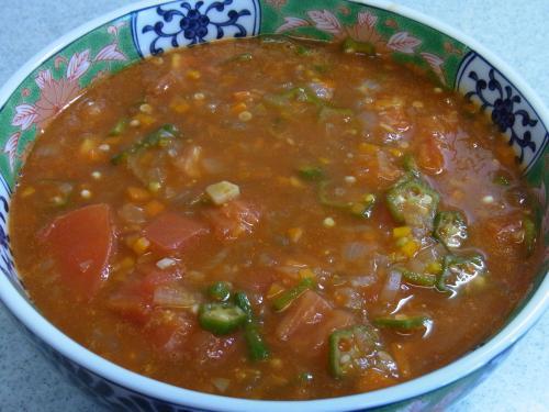 110710-030トマトとおくらの冷たいスープ(縮小)